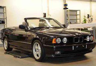 BMW рассекретила старую M5 в кузове… кабриолет! (3 ФОТО)