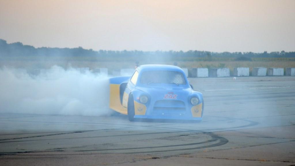 Гордость Украины: Горбатый Запорожец с характеристиками Bugatti Chiron