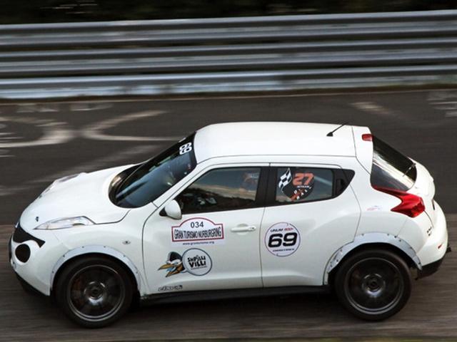 800-сильный Nissan Juke проехался по Нюрбургрингу