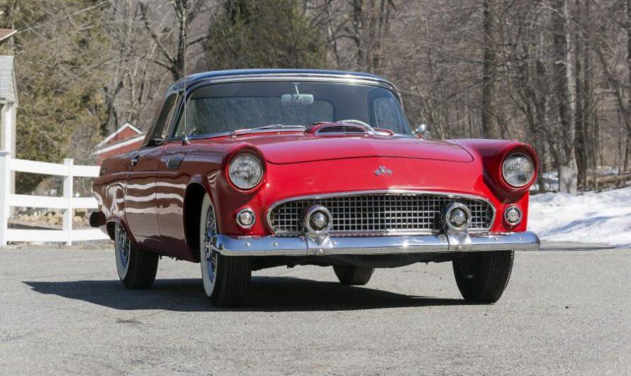 Тест-драйв единственного в Украине Ford Thunderbird 1955 года