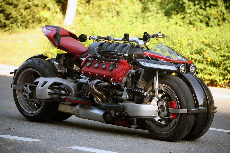Lazareth LM847 — фантастический мотоцикл с двигателем Maserati V8