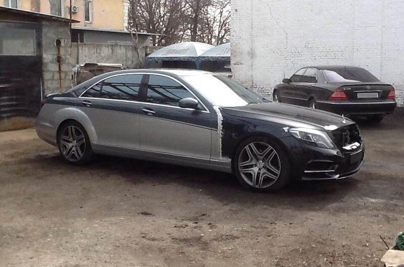 Немцев шокировала украинская переделка старого Mercedes W221 в новый S-класс W222