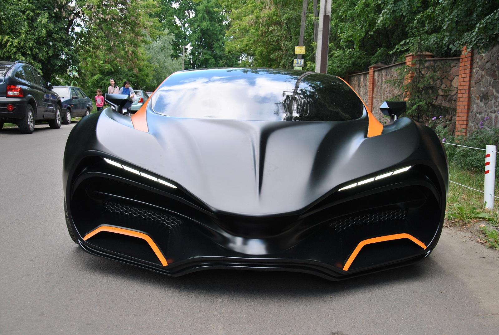 Эксклюзив: свежие фото первого сделанного в Украине суперкара!