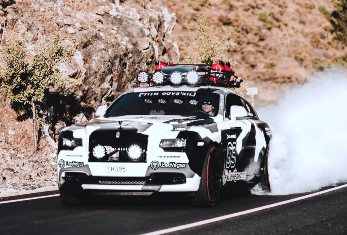 Лыжник переделал 800-сильный Rolls-Royce в авто для поездок в горы