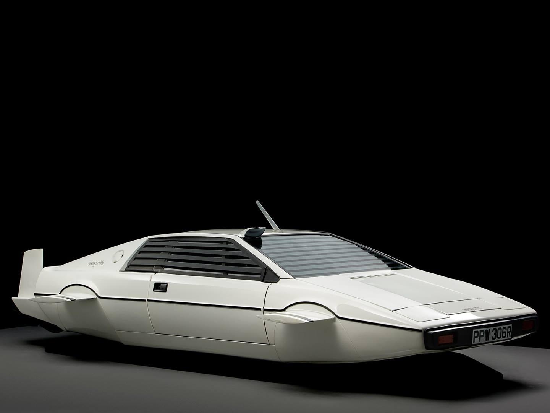 Коллекция авто Илона Маска: ты будешь удивлен