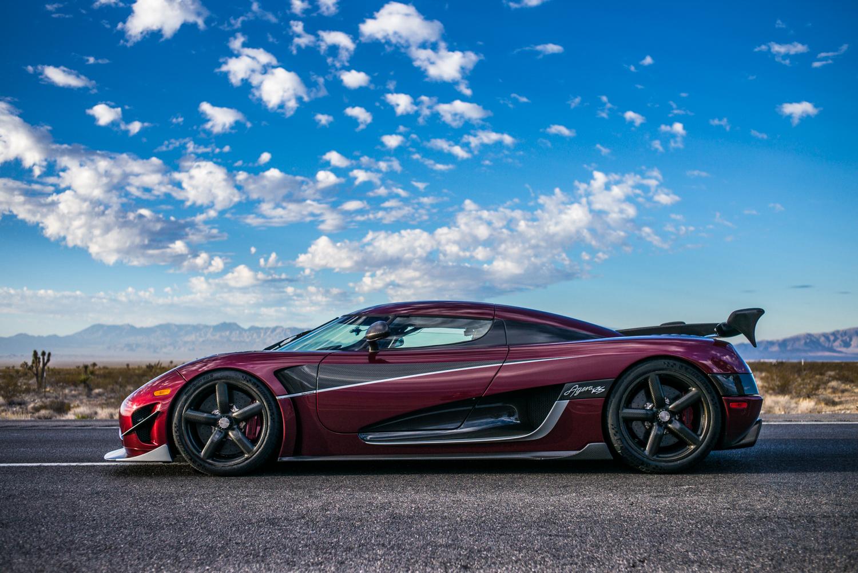 Шведский гиперкар Koenigsegg побил рекорд скорости Bugatti