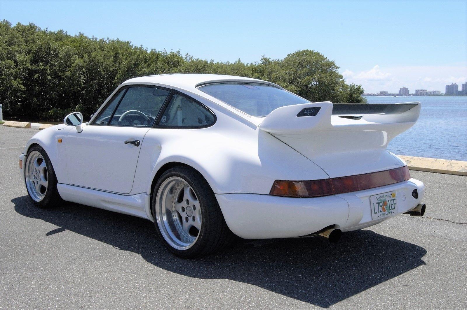 В Украине появился единственный в мире Porsche 911 Gemballa