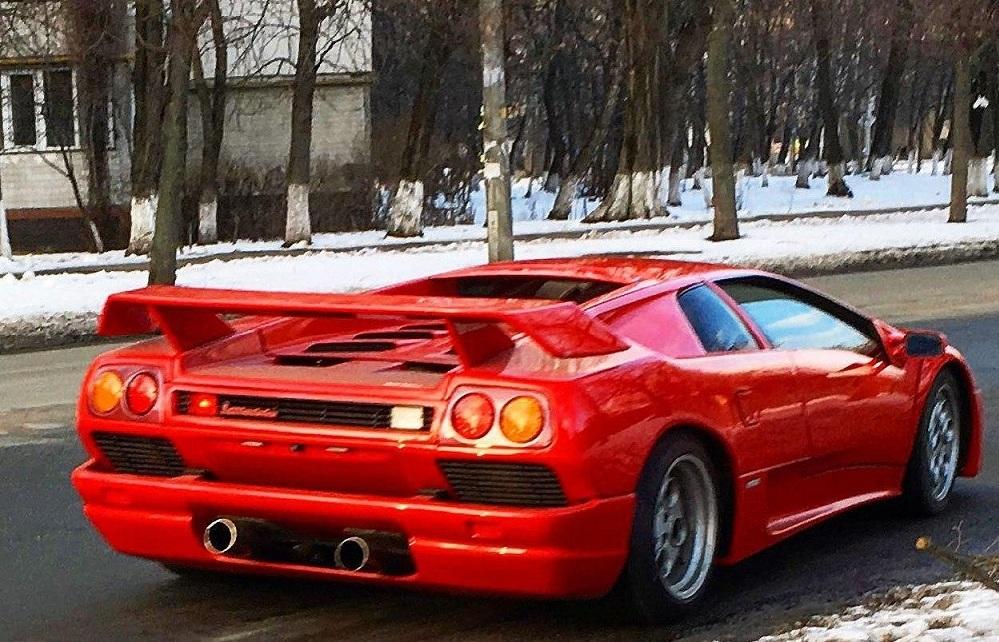 В Украине засняли уникальный суперкар Lamborghini с  тюнингом