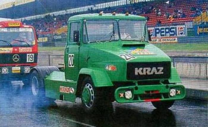 Гоночный КРАЗ с танковым мотором на Нюрбургринге