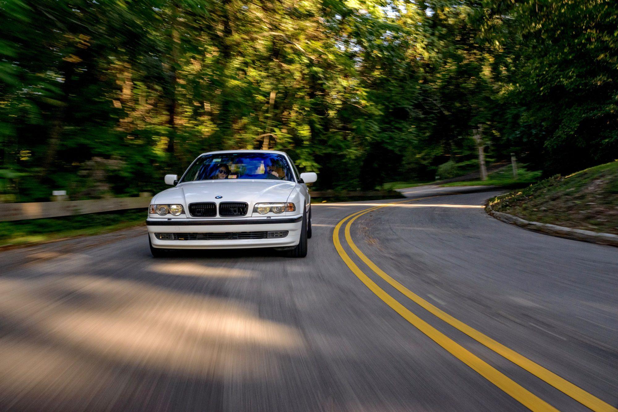 Бумер-мечта: единственная в своем роде BMW M7 E38