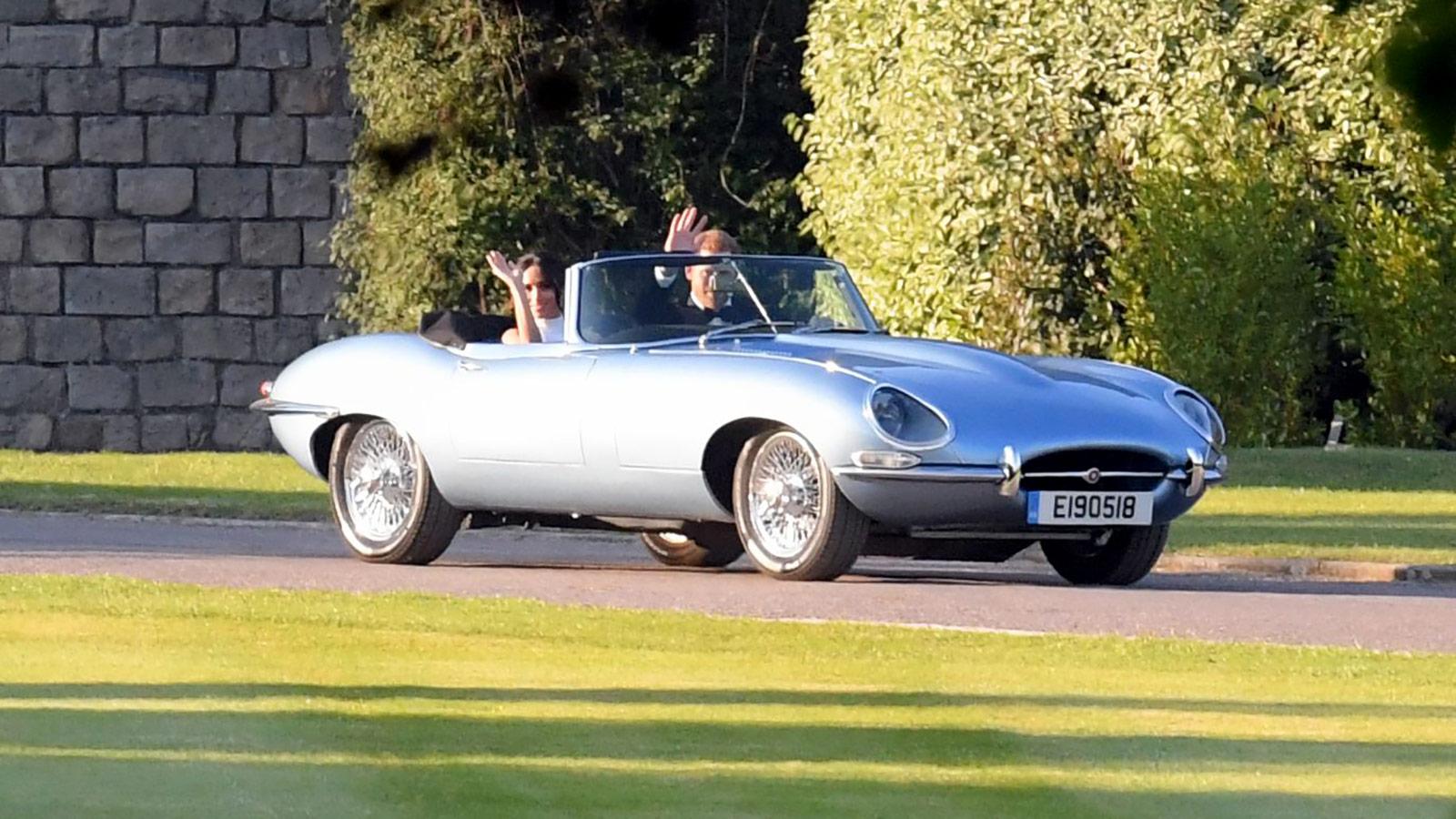 Свадьба принца Гарри: молодожены выбрали уникальный электрокар Jaguar