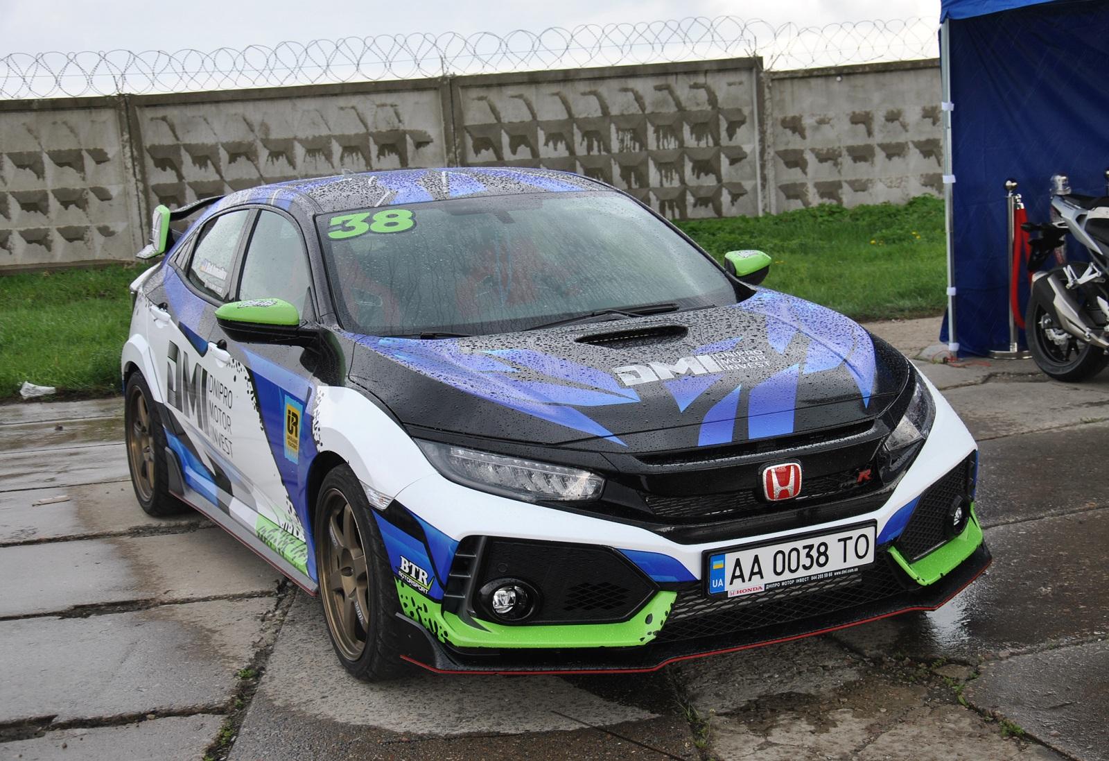 В Украине засветился новейший хот-хэтч Honda Civic Type R