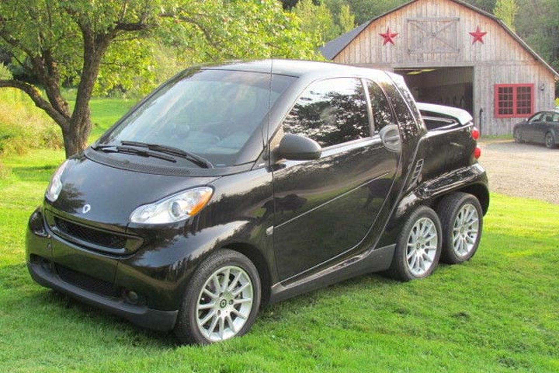 Из Смарта сделали самый маленький шестиколесный авто в мире