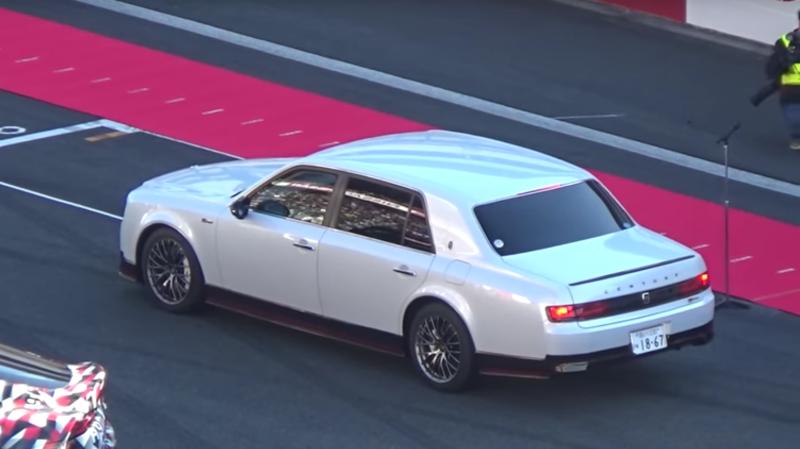 Первые фото и видео уникальной президентской Тойоты