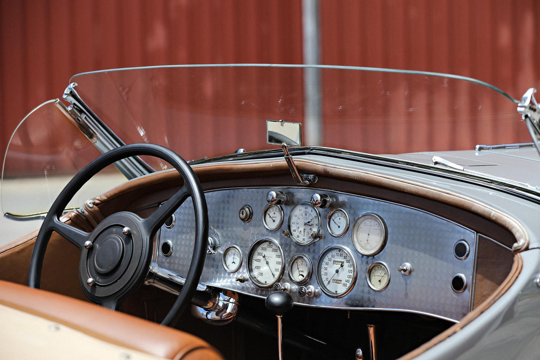 Уникальный американский суперкар 30-х годов продали по цене самолета