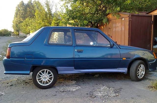 В Украине засняли уникальное купе ЗАЗ Славута