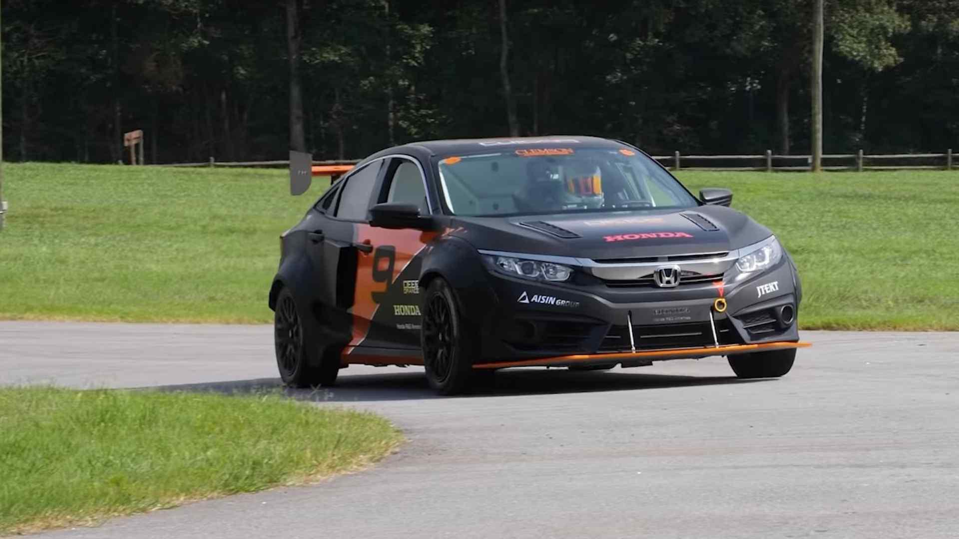Honda Civic превратили в спорткар с разгоном как у Формулы-1