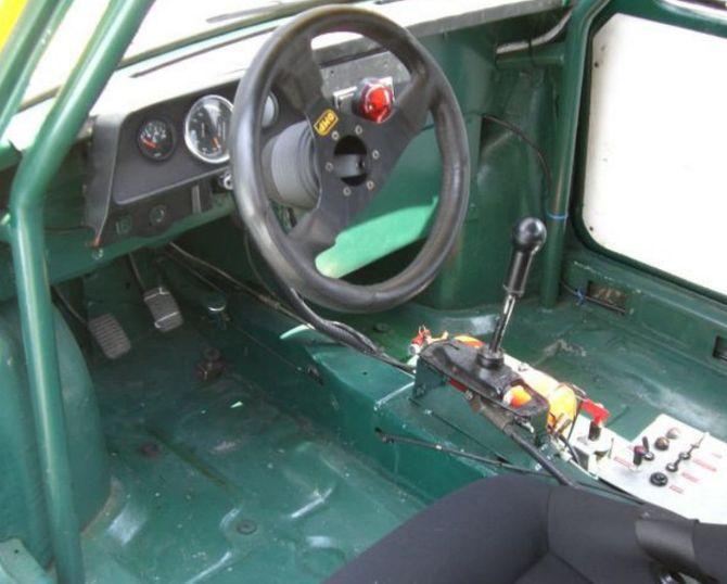 Немец превратил Запорожец в безумный среднемоторный спорткар