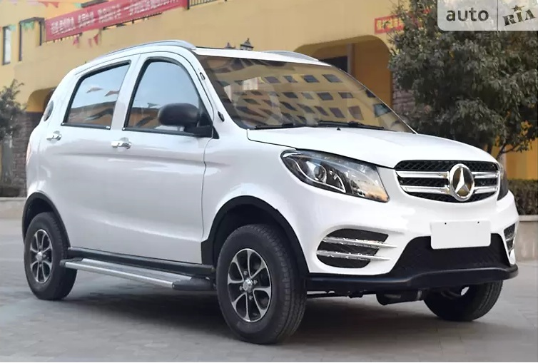 В Украине продают новый электромобиль Mercedes по цене Логана
