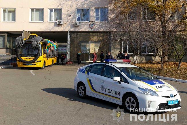 На украинские дороги выехала жуткая маршрутка-призрак