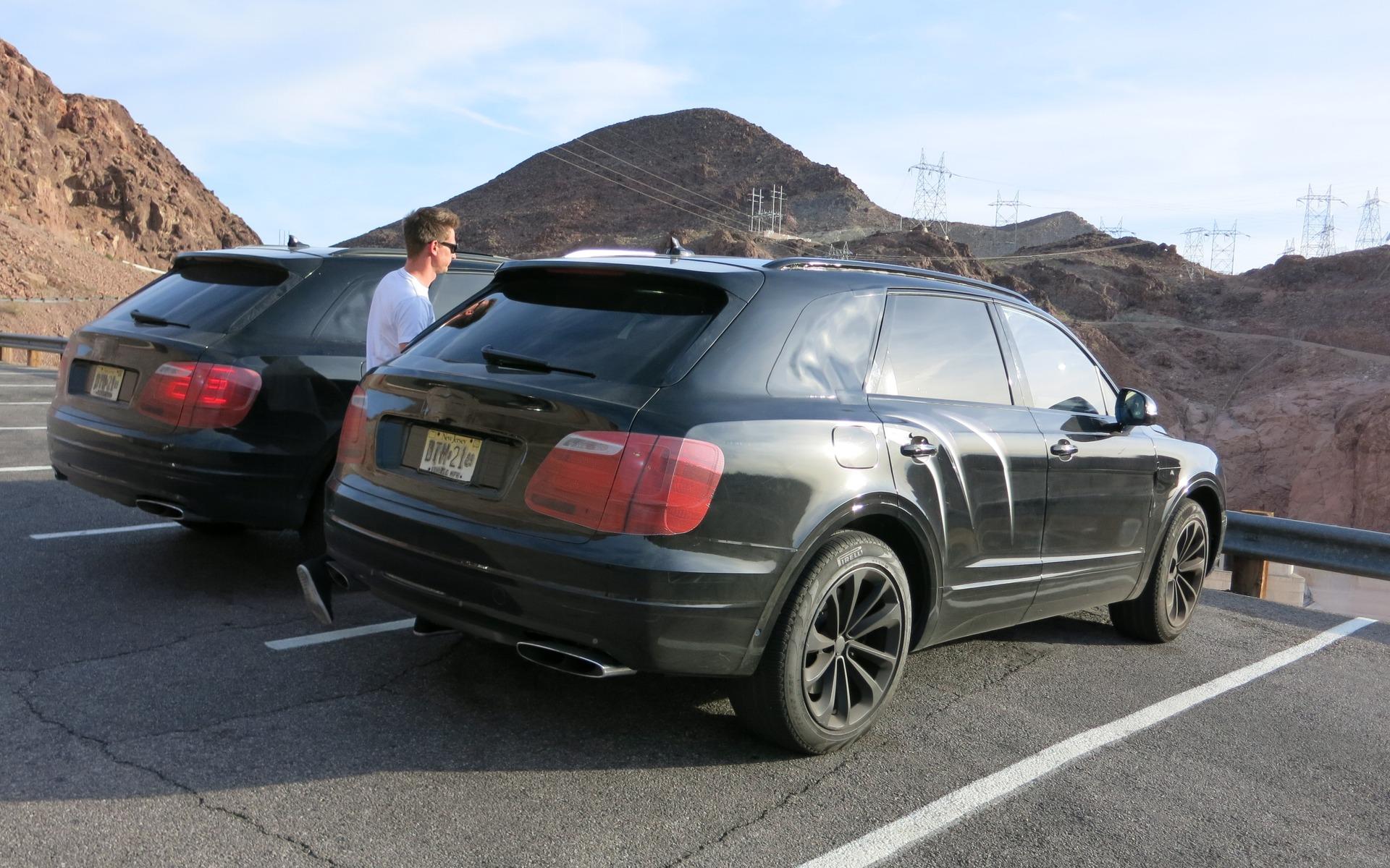 Вниманию депутатов! Фото с тестов нового внедорожника Bentley