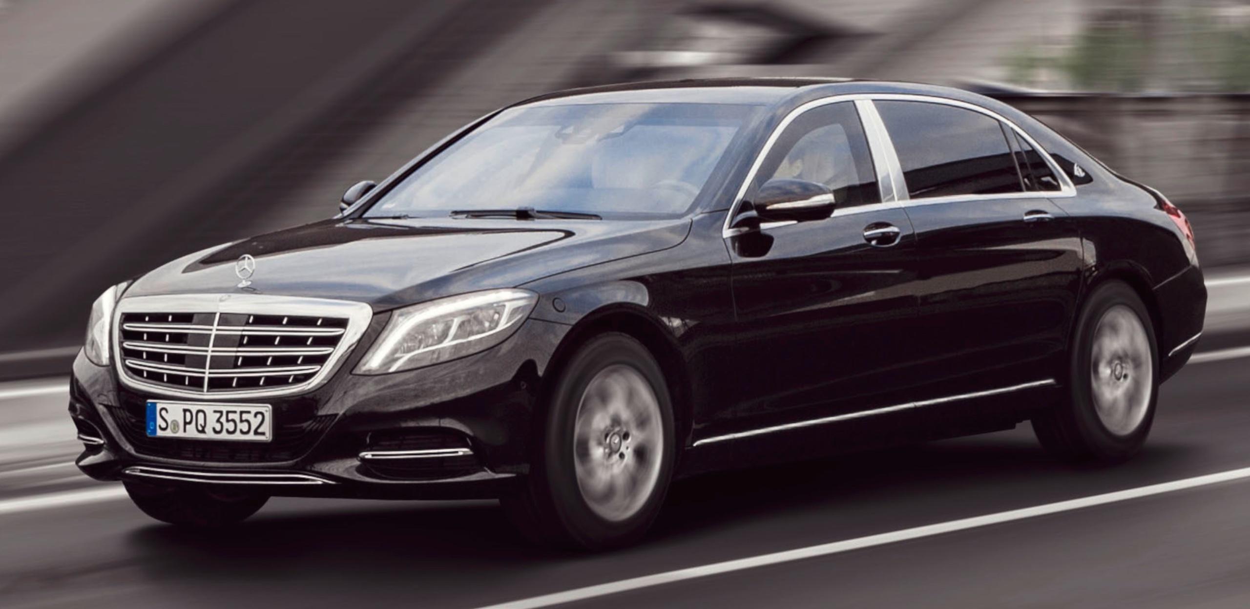 Автобаза президента закупит бронированные Mercedes за 42 миллиона
