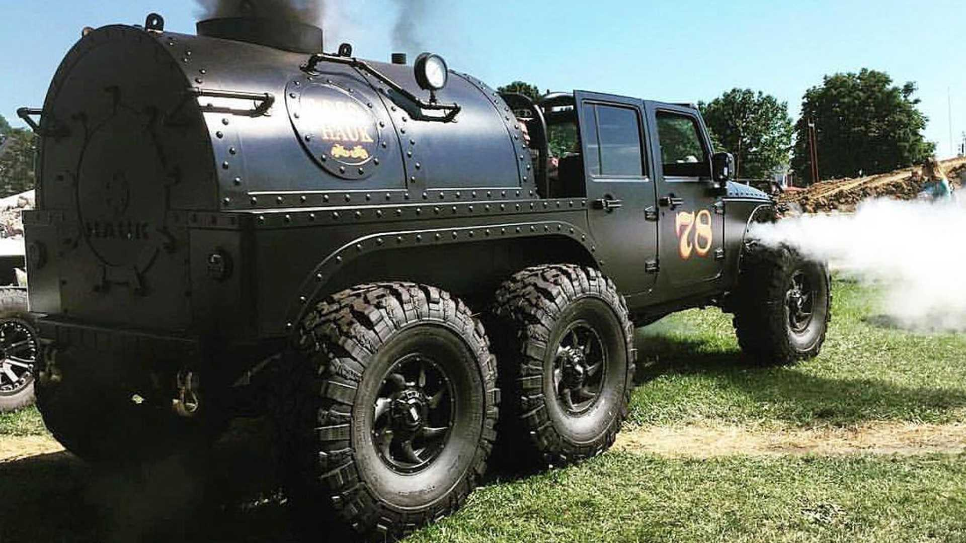Уникальный шестиколесный Jeep Wrangler работает на дровах