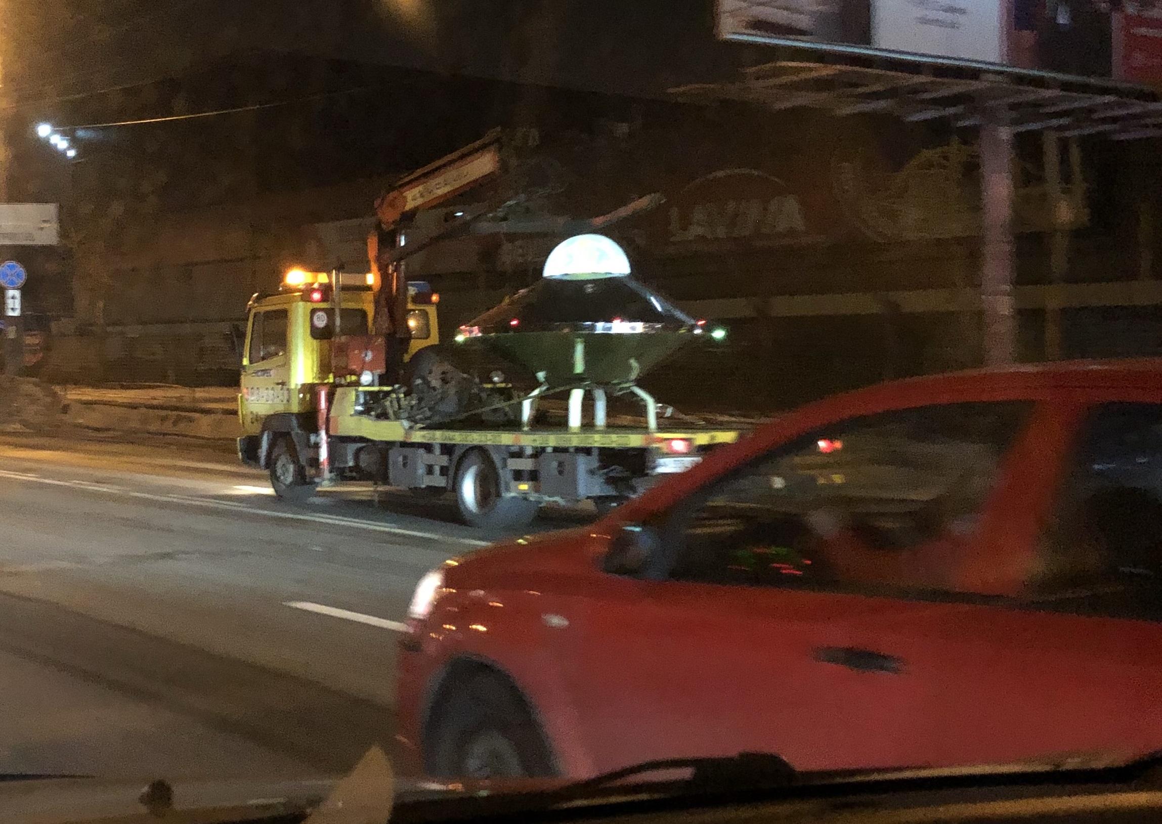 В Киеве очевидец заснял НЛО с пришельцем (ФОТО)