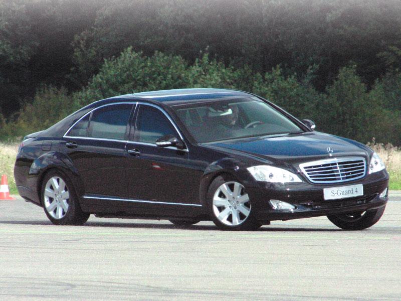 Автомобили украинских министров: кто на чем ездит