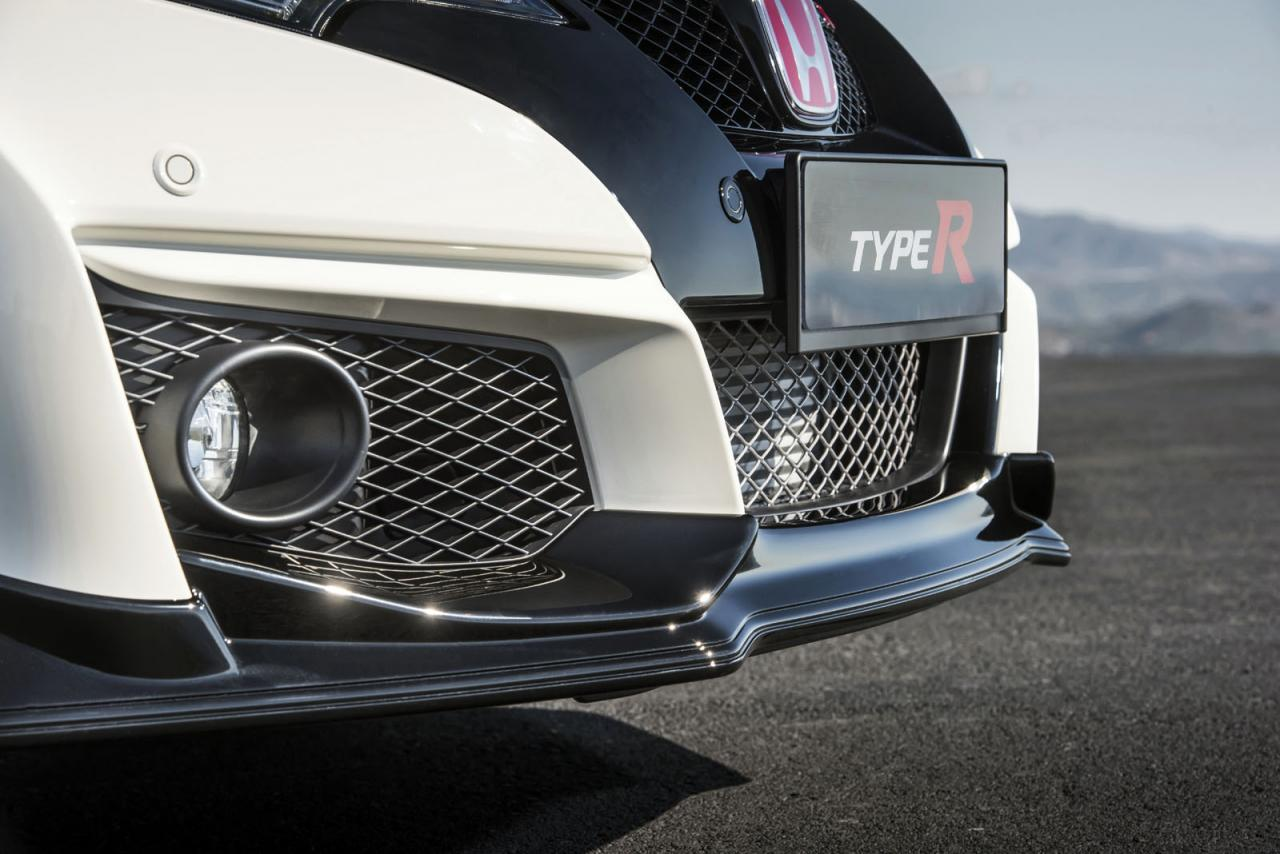 Новая Honda Civic Type R поедет быстрее Мерседесов и БМВ