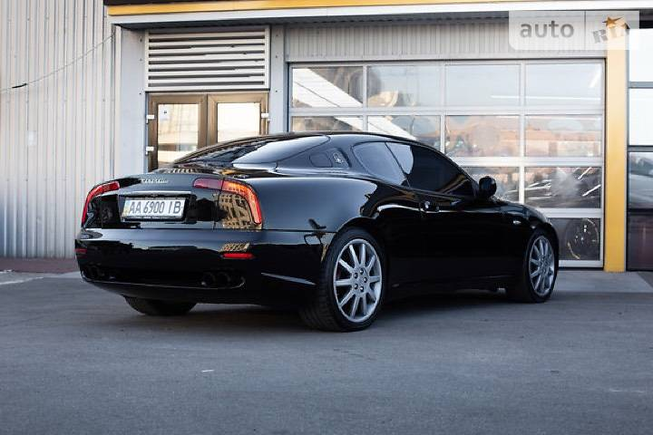 В Украине продают эксклюзивное купе Maserati дешевле Renault Duster
