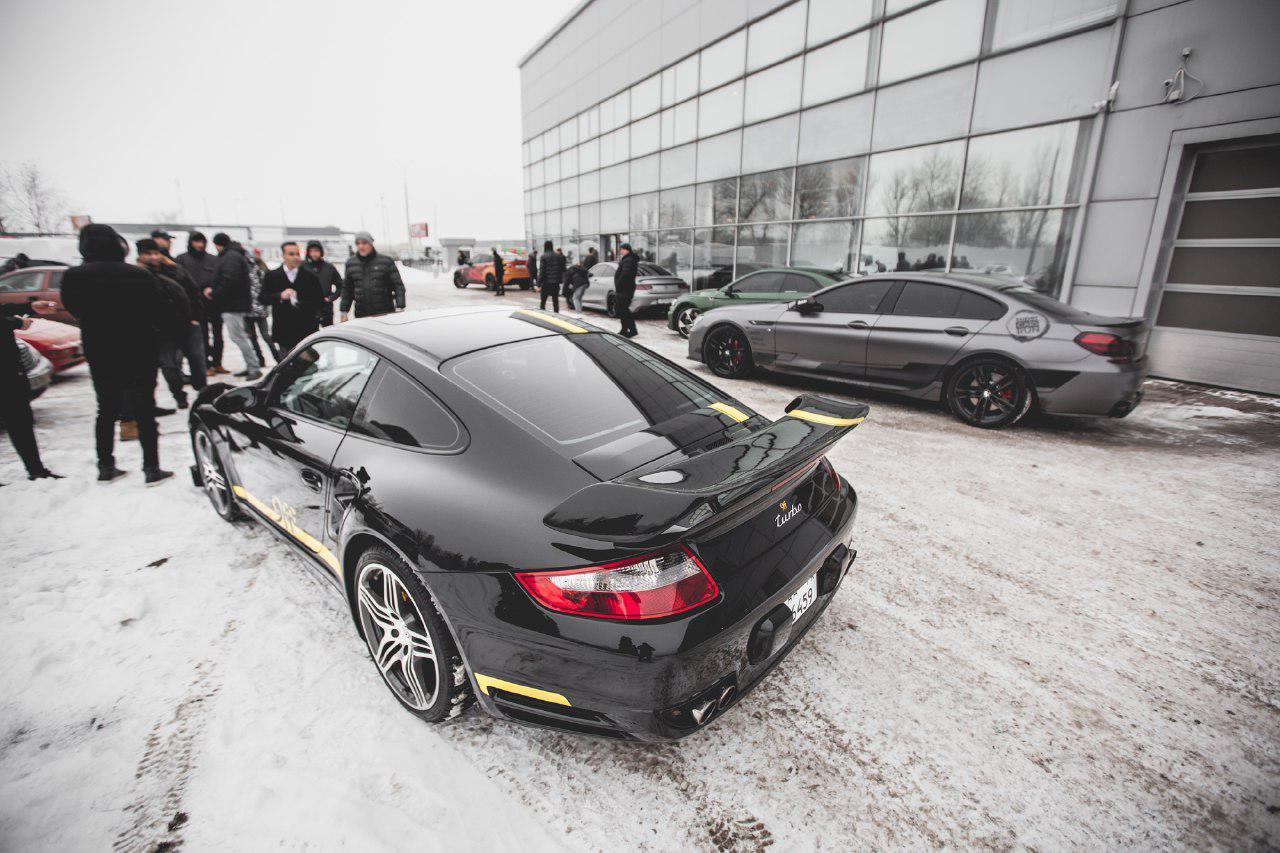 В Украине стартовал автопробег суперкаров Outox Super Cars Run