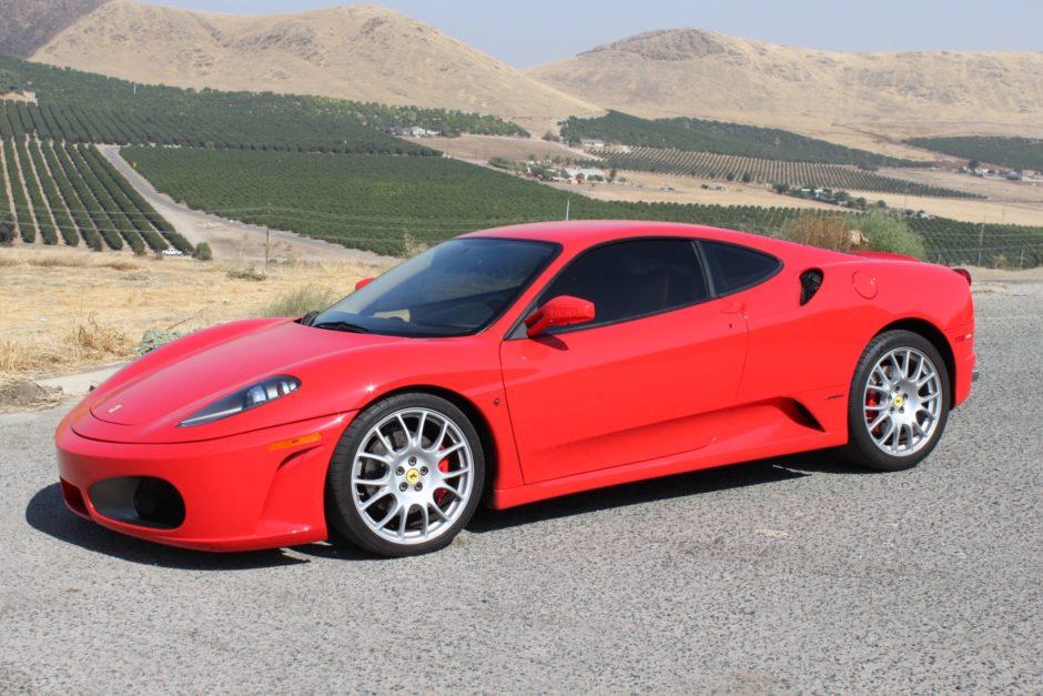 Автосалон заплатил владельцу неисправной Ferrari $5,8 миллиона