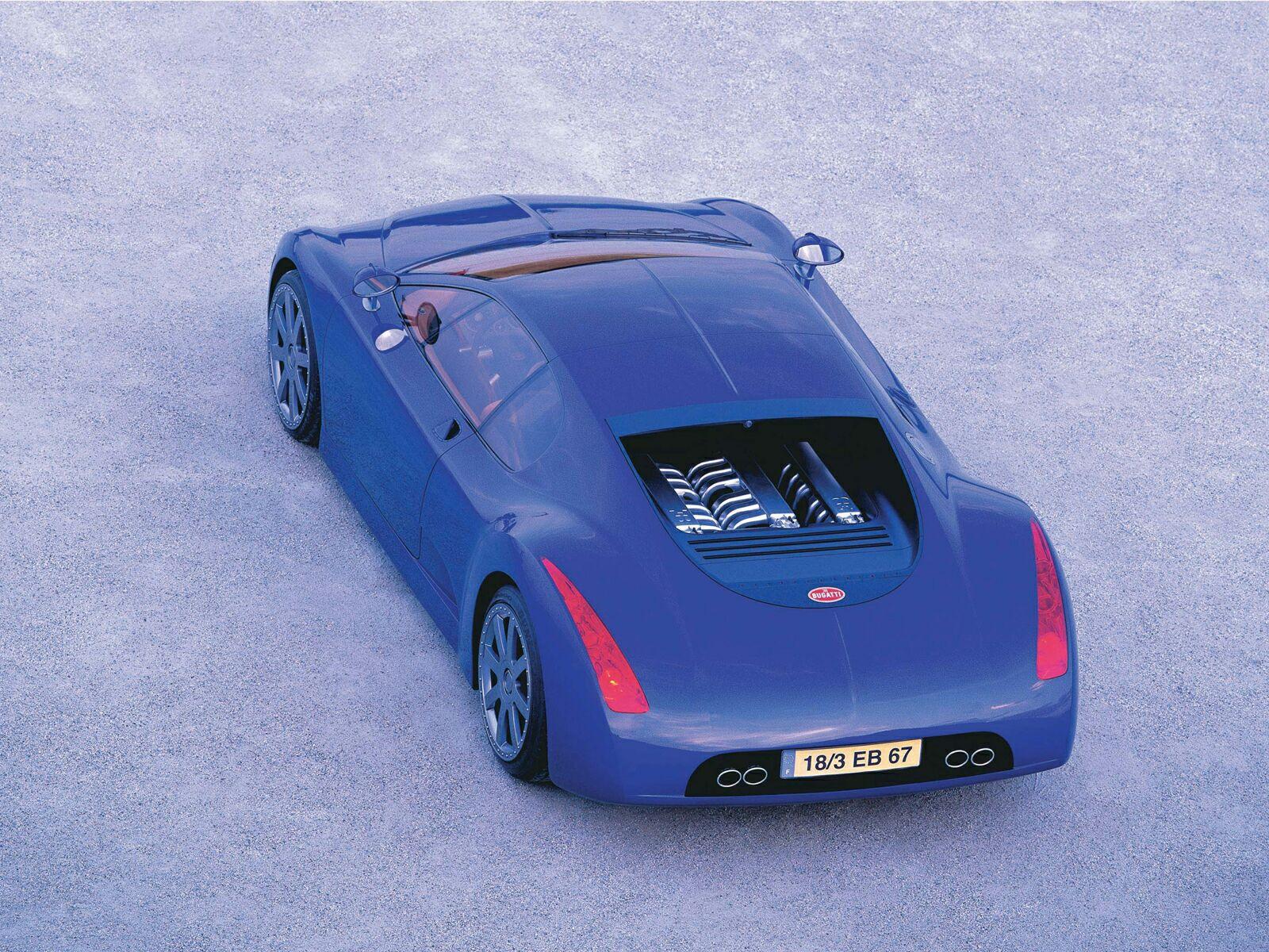 Каким был первый гиперкар Bugatti Chiron 20 лет назад
