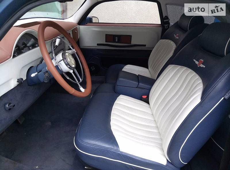 В Украине выставили на продажу невероятное купе Волга ГАЗ-21