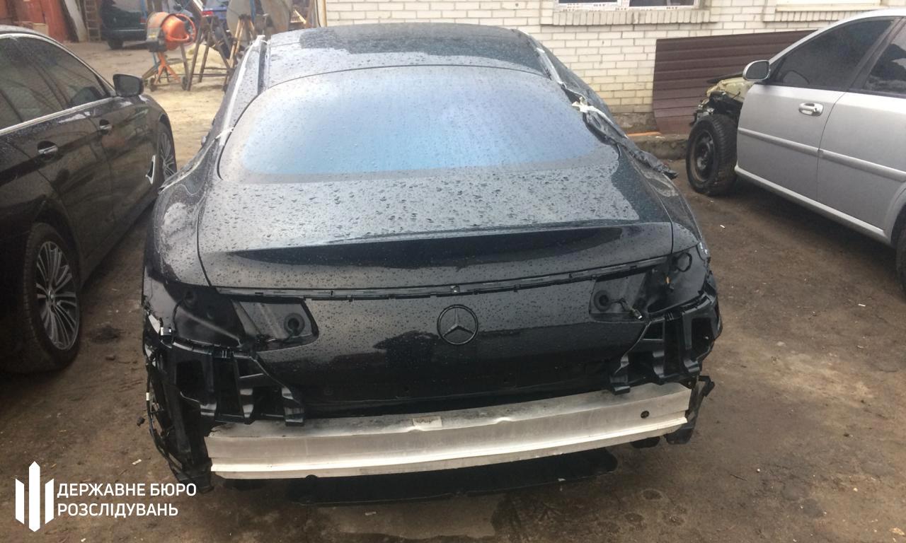 В Украине раскрыта схема нелегального ввоза элитных авто