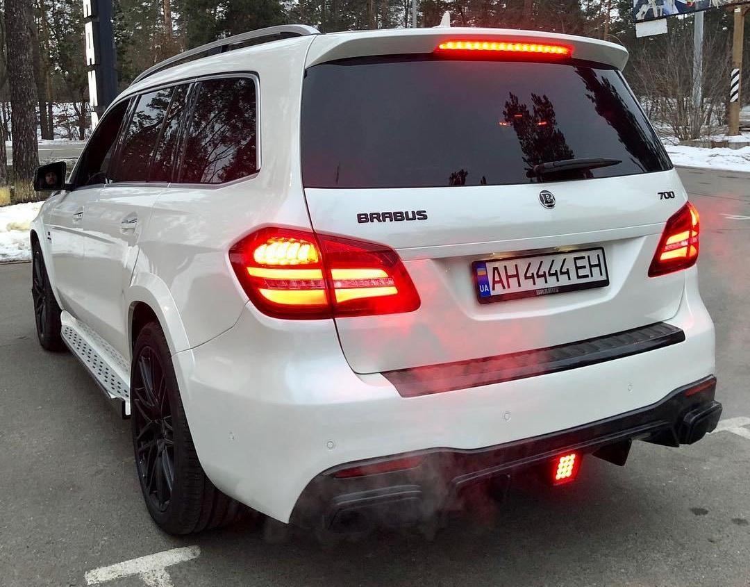 В Украине появился сверхмощный Brabus B63-700