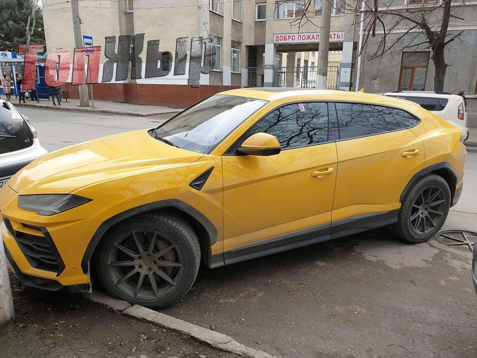 В Крыму засветился новейший кроссовер Lamborghini Urus