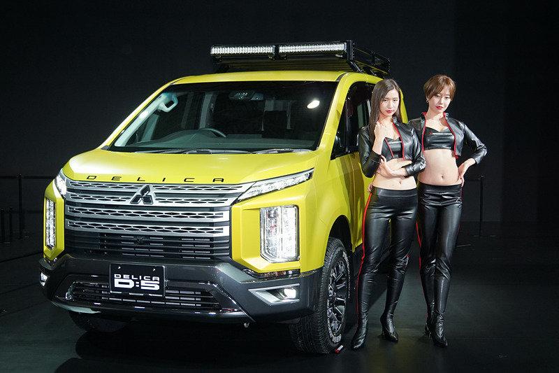 Mitsubishi представила идеальный внедорожный минивэн для наших дорог
