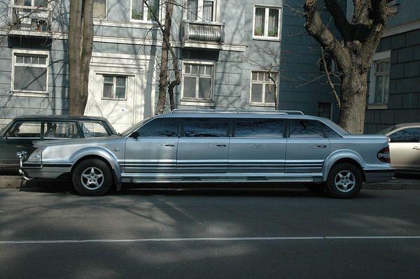 Уникальный украинский лимузин продают по цене Audi на еврономерах