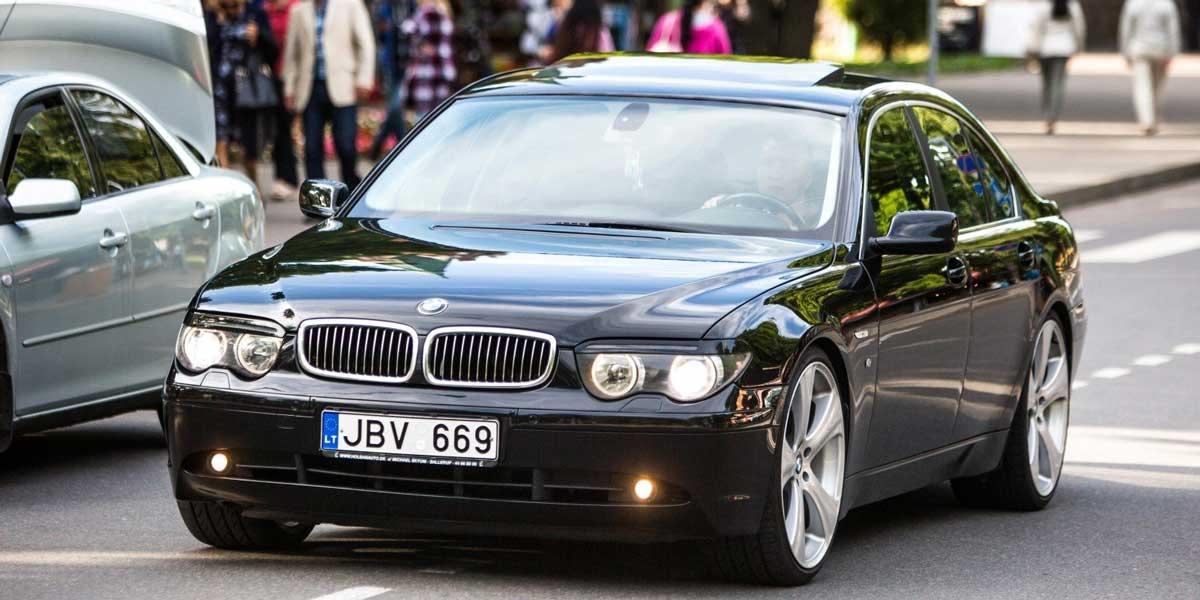 Авто на еврономерах в Украине продают по цене смартфона