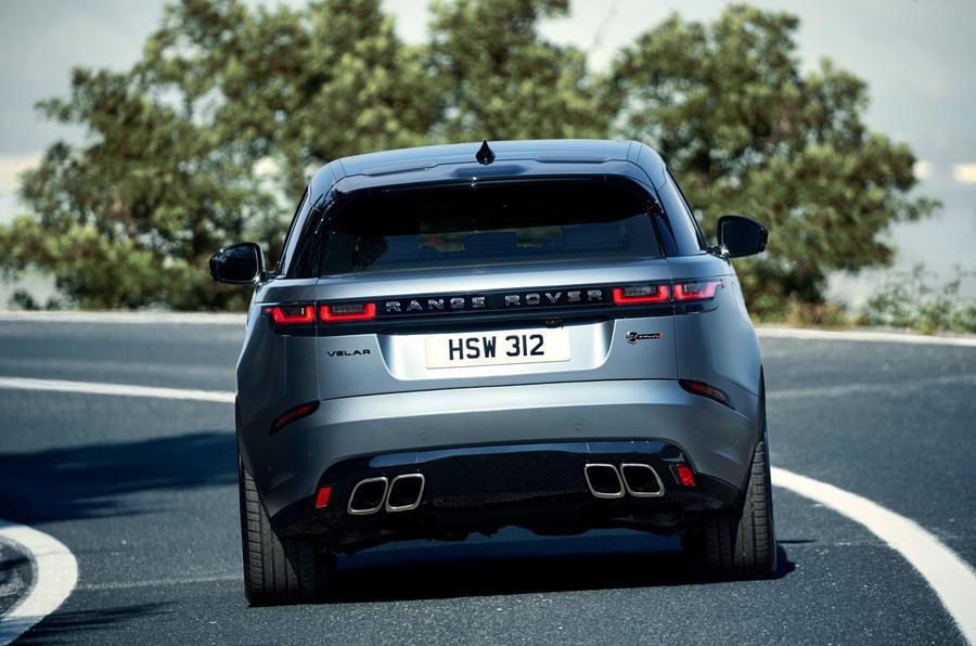 Новый заряженный Range Rover бросил вызов Porsche Cayenne Turbo