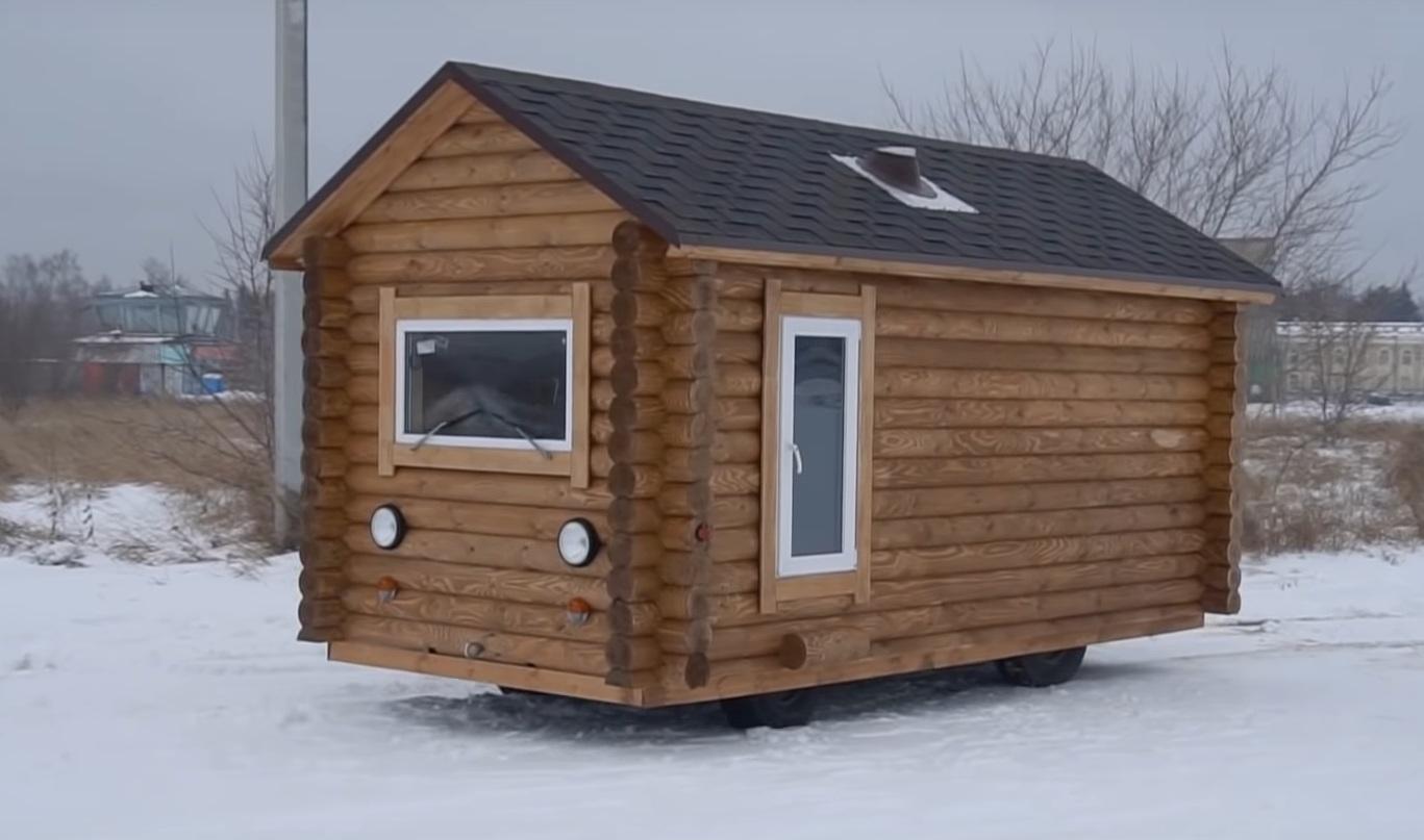 УАЗ Буханку превратили в деревянный дом на колесах (видео)