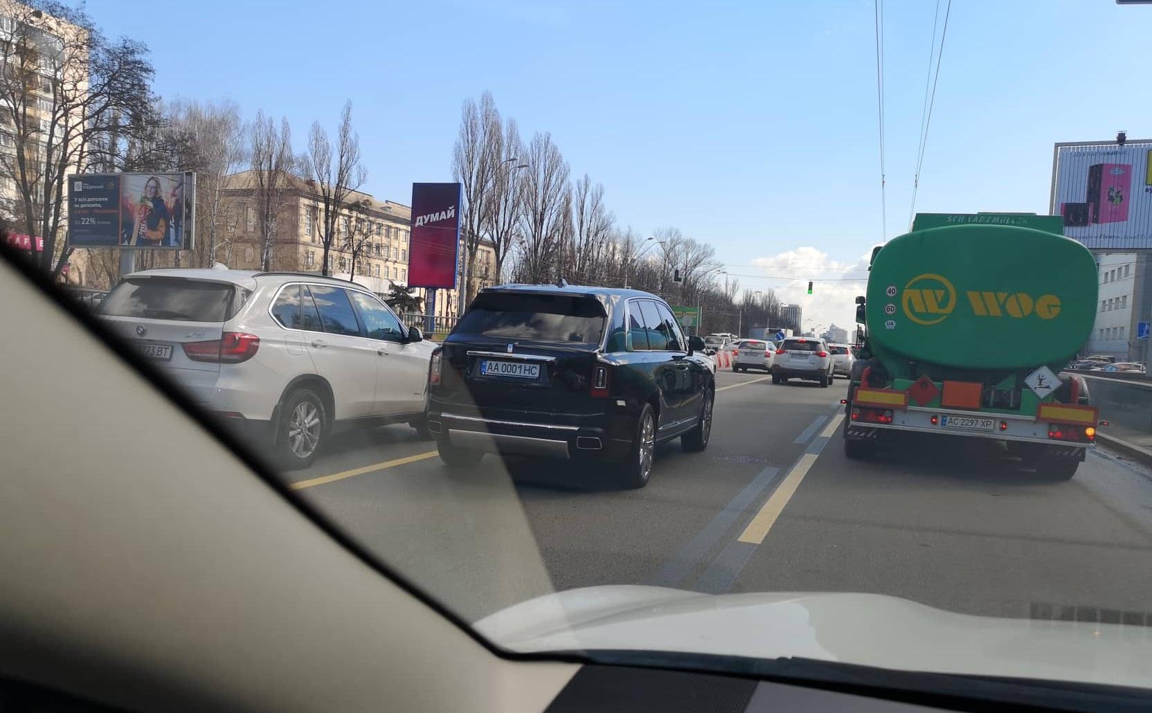 В Украине завидными темпами растет число внедорожников Rolls-Royce