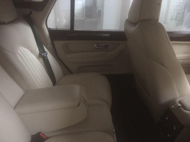 В Украине продают арестованный Bentley по цене Дастера