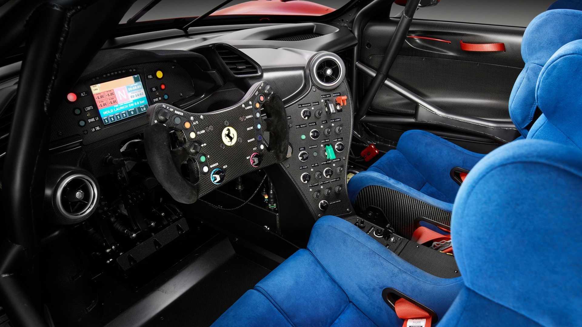 Уникальный суперкар Ferrari рассекречен на фото и видео