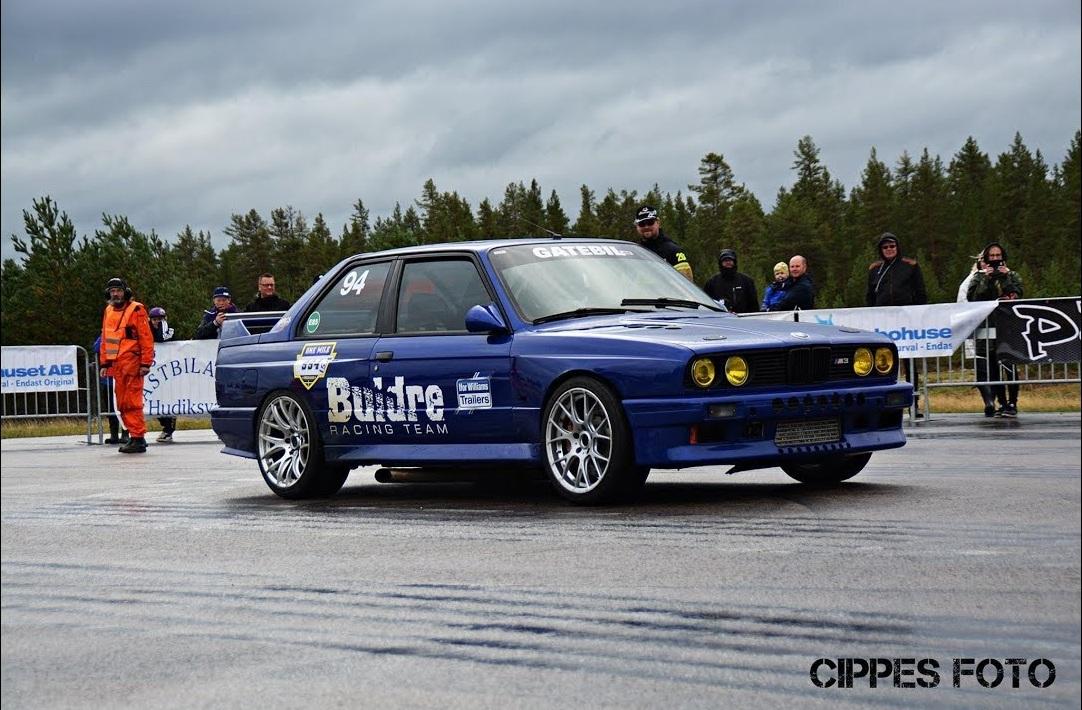 Старый BMW M3 E30 с необычным тюнингом побил мировой рекорд скорости