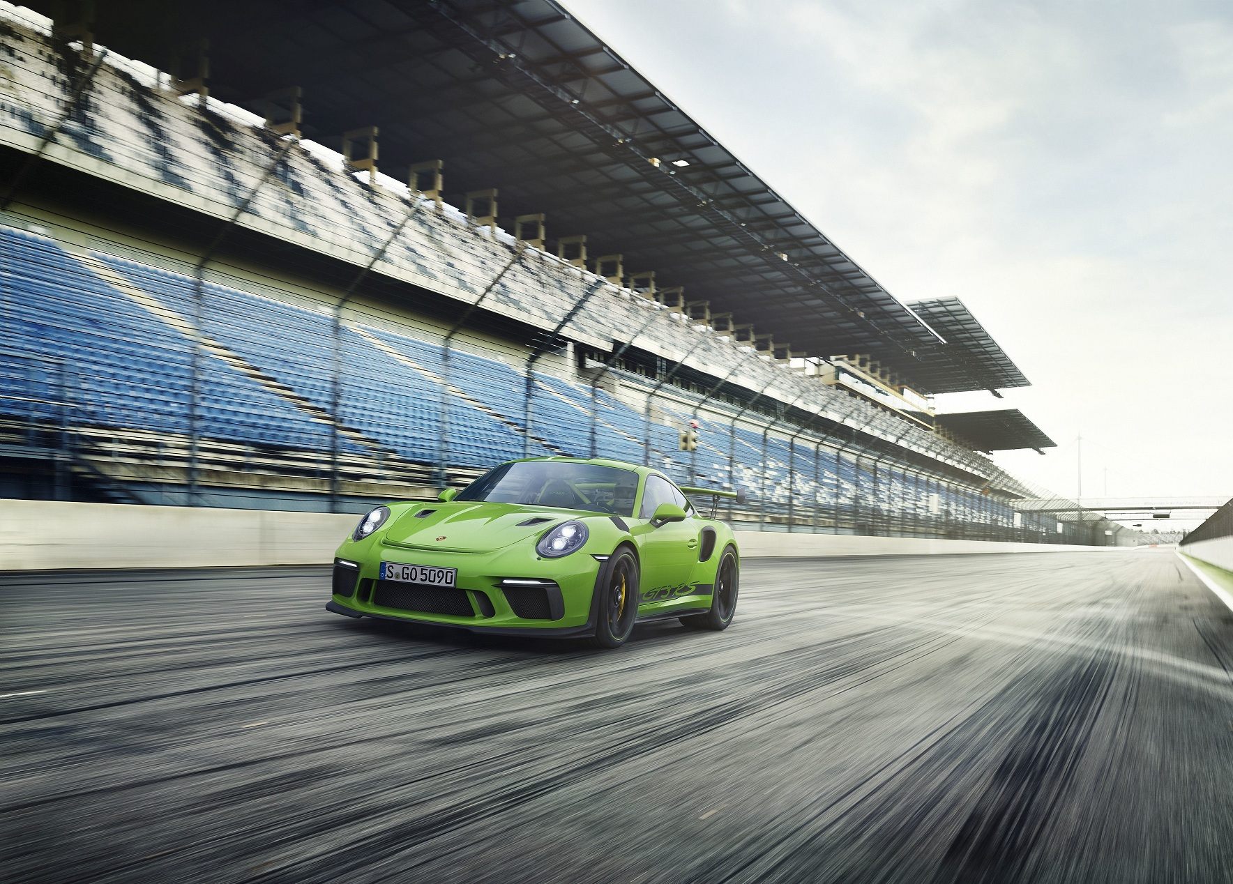 В Украине засветился новейший Porsche 911 GT3 RS