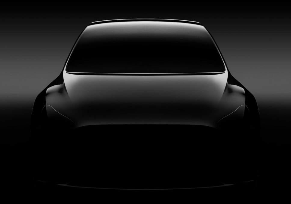 Недорогой электрокроссовер Tesla покажут уже через несколько дней