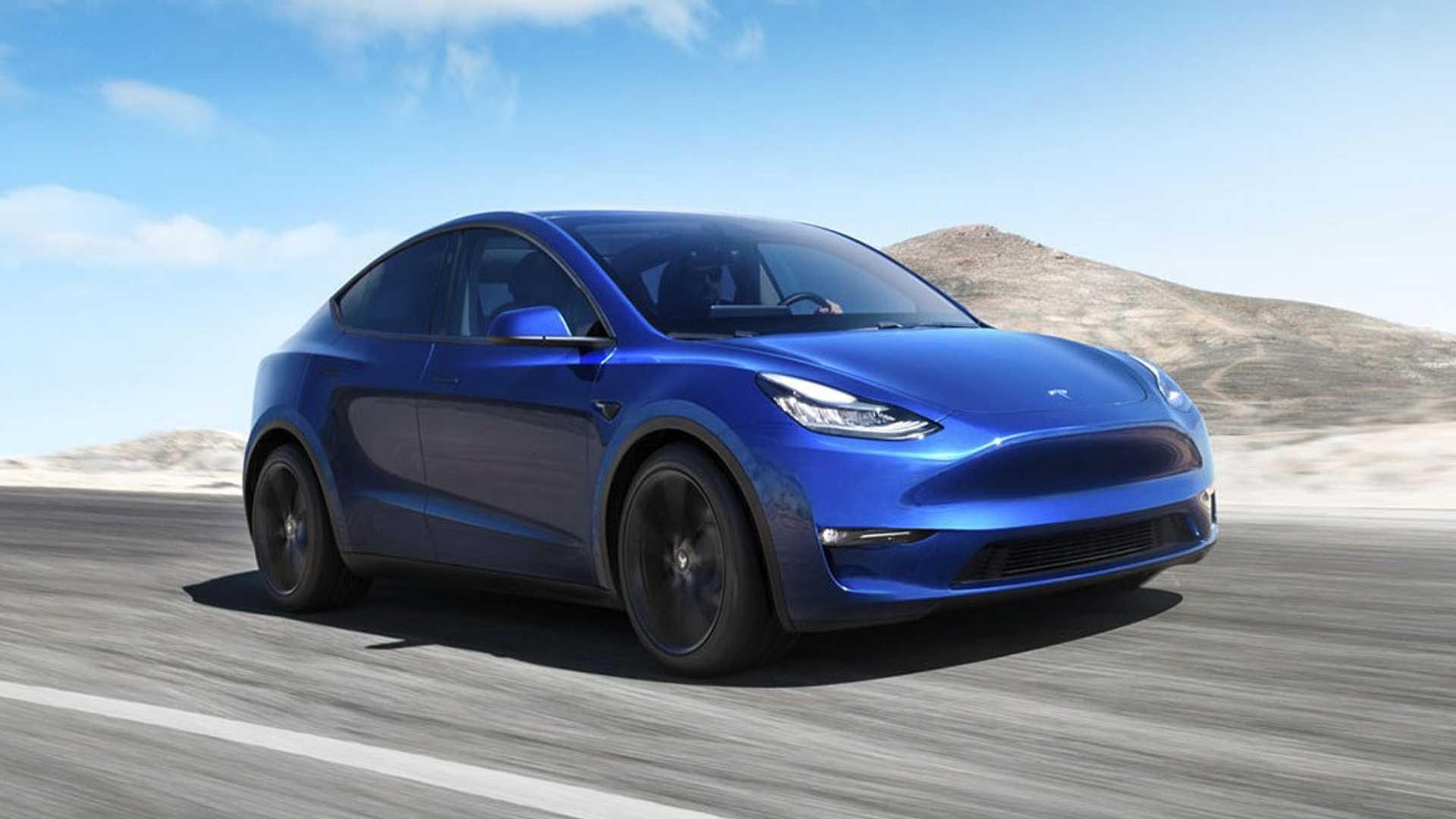 Живые фото и подробности доступного электрокроссовера Tesla Model Y